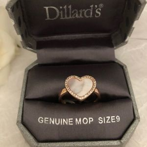 Dillard's Mother Of Pearl Heart  Ring